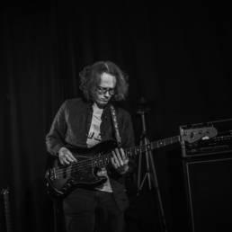 Daniel Schäfer - Bass